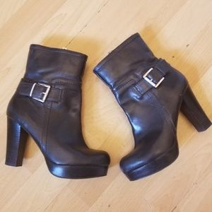 Marc Fisher Platform Boots Black Leather Sz 5.5